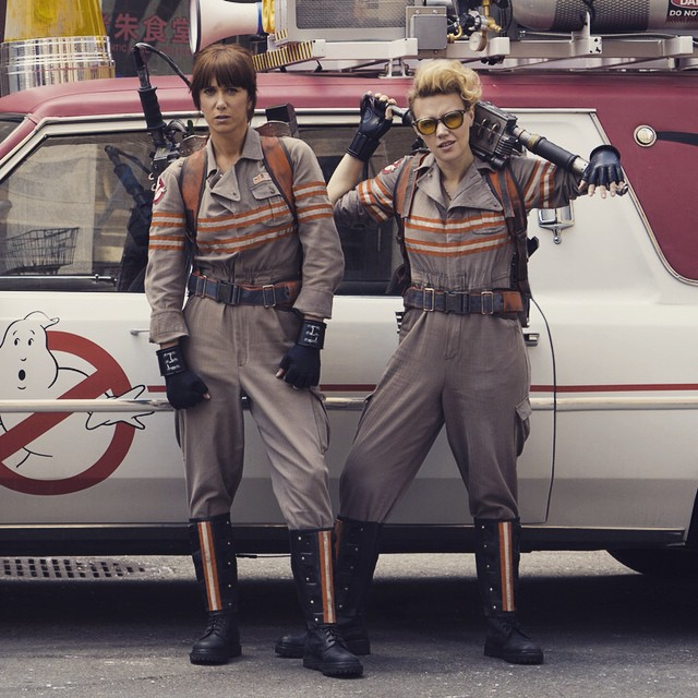 Kristen-Wiig-and-Kate-McKinnon-in-the-new-Ghostbusters-movie.-Basically-your-new-heroes